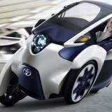 Salon de l'Automobile de Paris, Zooms sur deux véhicules innovants: La Coms et l'I-Road